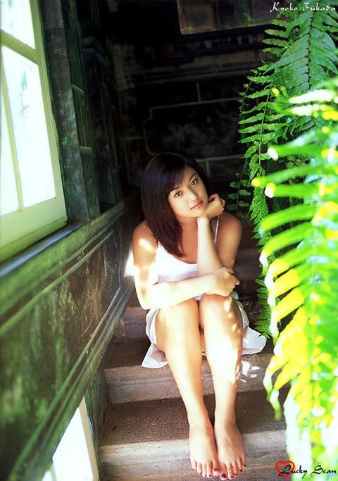 【深田恭子セクシー画像】三十路を越えて色気ある身体がソソる美人女優! 34