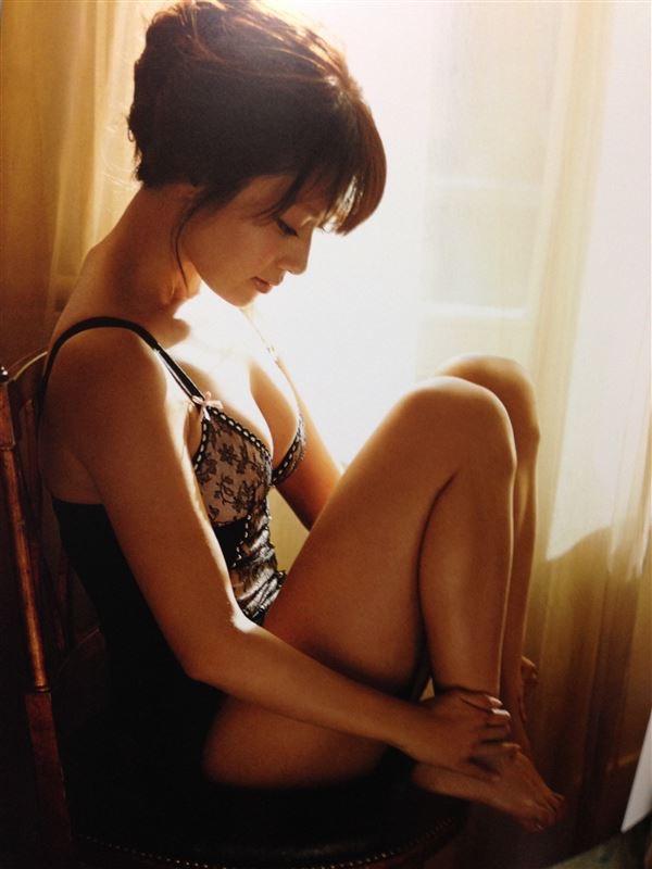 【深田恭子セクシー画像】三十路を越えて色気ある身体がソソる美人女優! 79