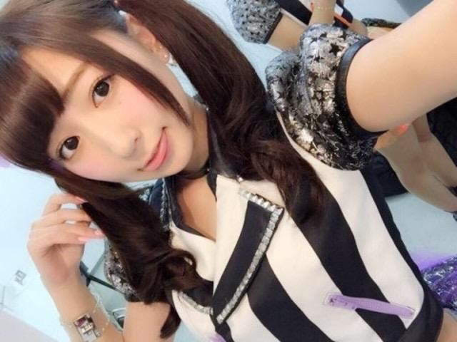 【ツインテール美少女画像】様々な形のツインテールが似合う美少女タレントたち 26