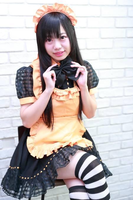 【黒崎れおんアイドル画像】ツインテールが良く似合う童顔萌え娘のコスプレ&水着姿 09