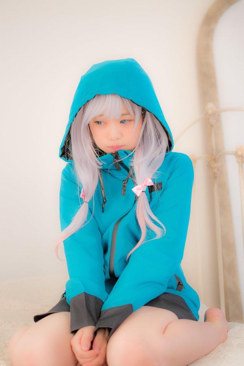【黒崎れおんアイドル画像】ツインテールが良く似合う童顔萌え娘のコスプレ&水着姿 33
