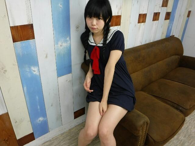 【黒崎れおんアイドル画像】ツインテールが良く似合う童顔萌え娘のコスプレ&水着姿 77