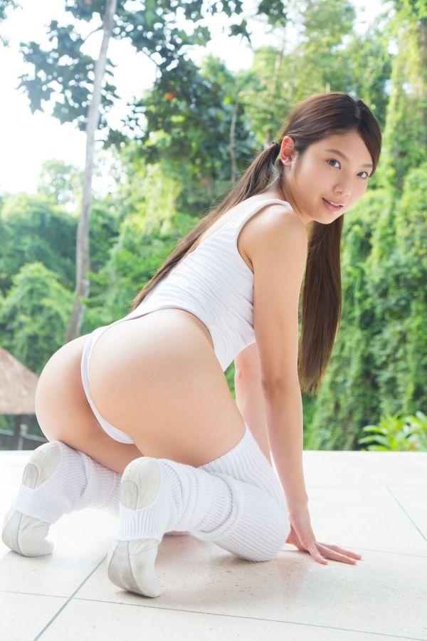 【現役女子大生グラドル画像】学生生活とグラビア活動を両立してるグラドル達! 10