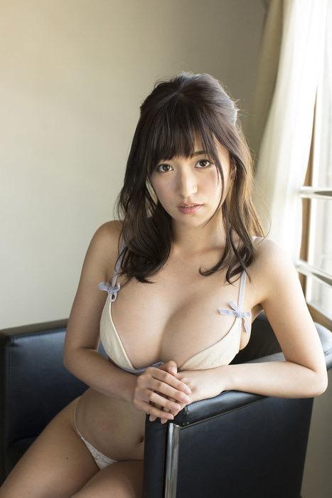 【現役女子大生グラドル画像】学生生活とグラビア活動を両立してるグラドル達! 68