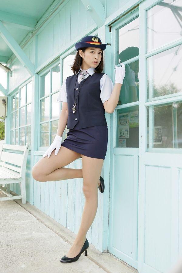 【小柳歩グラビア画像】ミスマリンちゃんの経験もあるセクシーグラドル美女 04