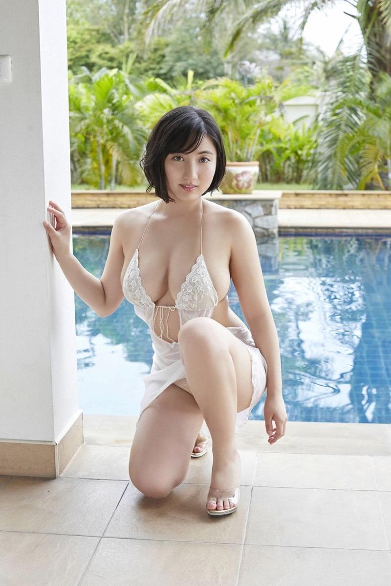 【紗綾グラビア画像】ジュニア時代から活躍した巨乳ボディがエロい水着美女 08