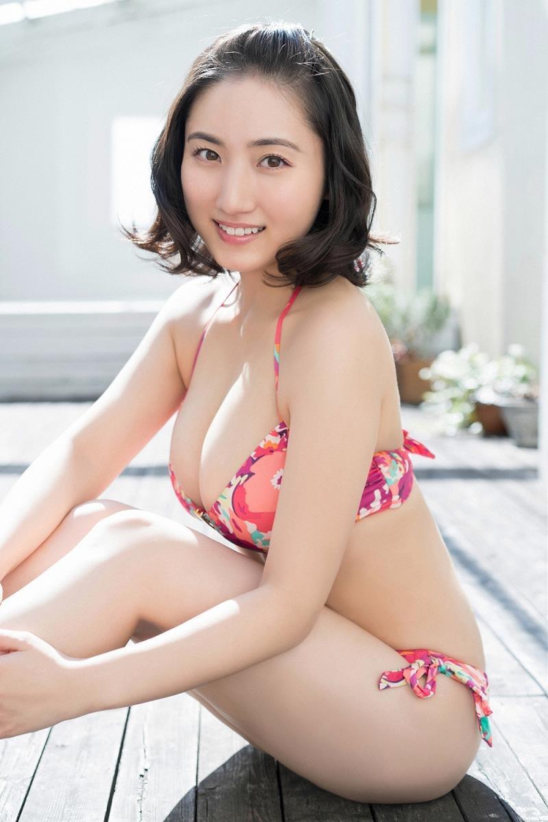 【紗綾グラビア画像】ジュニア時代から活躍した巨乳ボディがエロい水着美女 10
