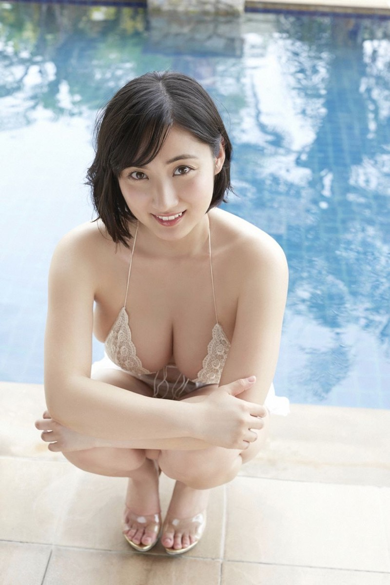 【紗綾グラビア画像】ジュニア時代から活躍した巨乳ボディがエロい水着美女 30