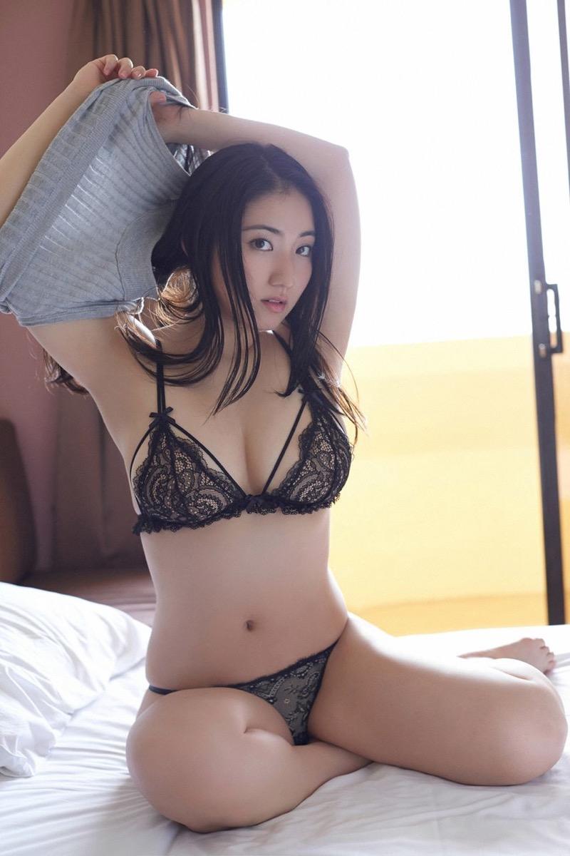 【紗綾グラビア画像】ジュニア時代から活躍した巨乳ボディがエロい水着美女 35