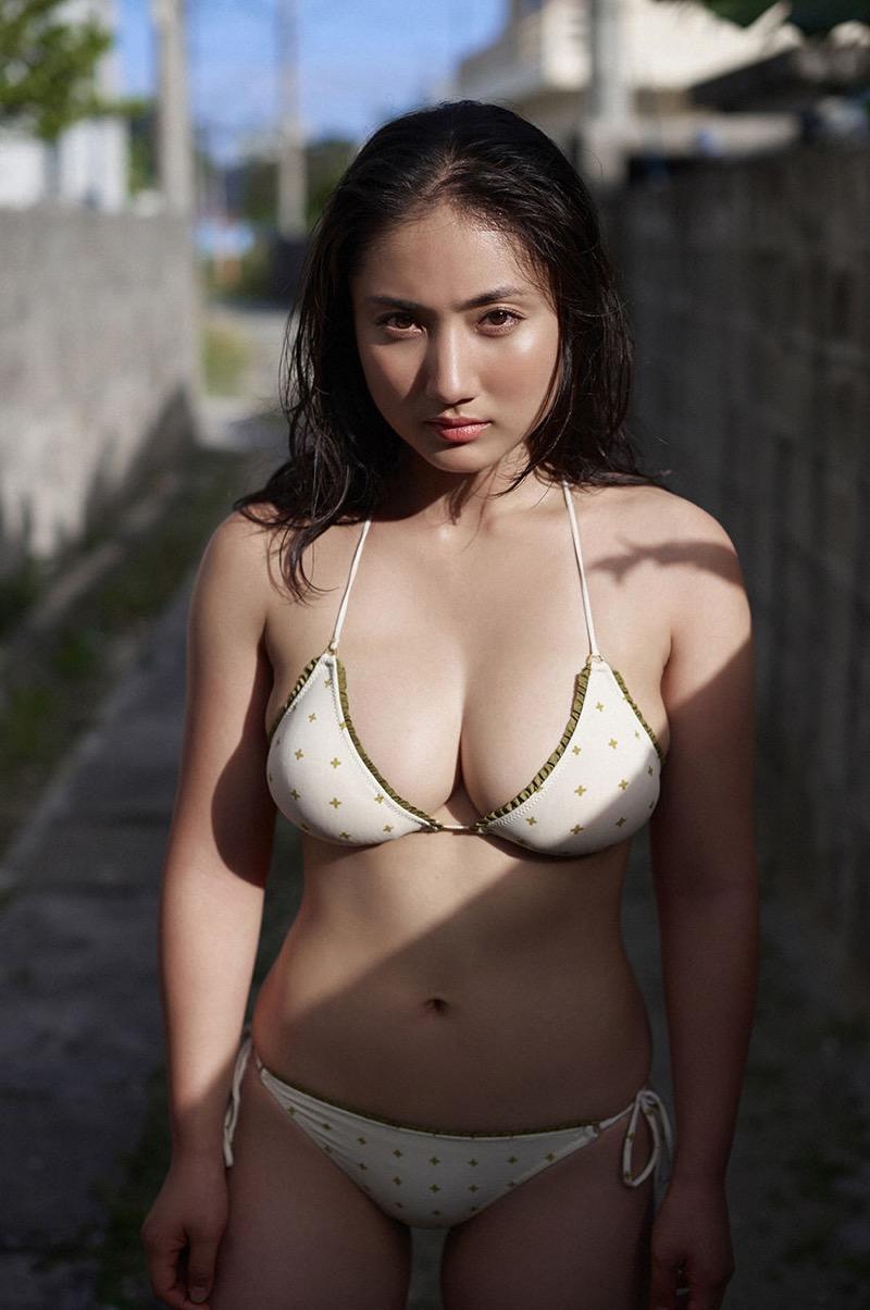 【紗綾グラビア画像】ジュニア時代から活躍した巨乳ボディがエロい水着美女 41