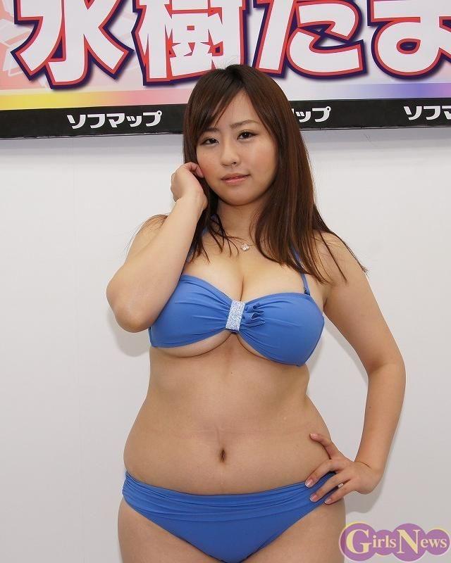 【ぽっちゃりグラドル画像】抱き心地良さそうな豊満ボディのグラビアアイドル! 34