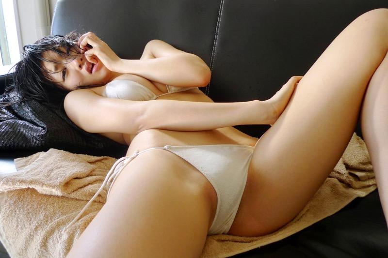 【多田あさみグラビア画像】猫大好きなFカップ巨乳グラドル美女の水着画像 03