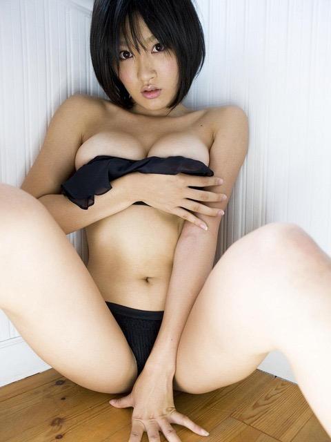 【多田あさみグラビア画像】猫大好きなFカップ巨乳グラドル美女の水着画像 07