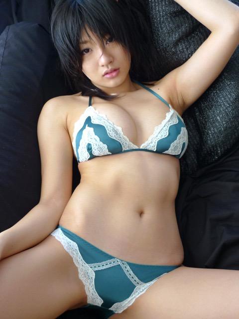 【多田あさみグラビア画像】猫大好きなFカップ巨乳グラドル美女の水着画像 21