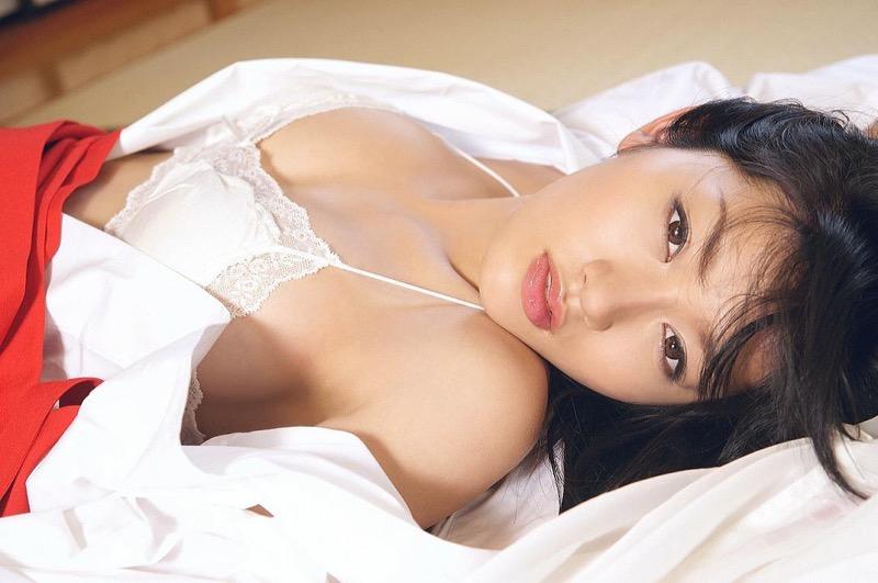 【多田あさみグラビア画像】猫大好きなFカップ巨乳グラドル美女の水着画像 30