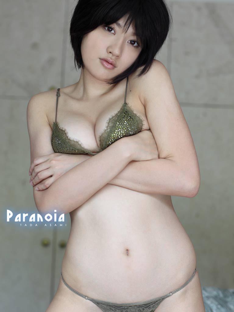 【多田あさみグラビア画像】猫大好きなFカップ巨乳グラドル美女の水着画像 32