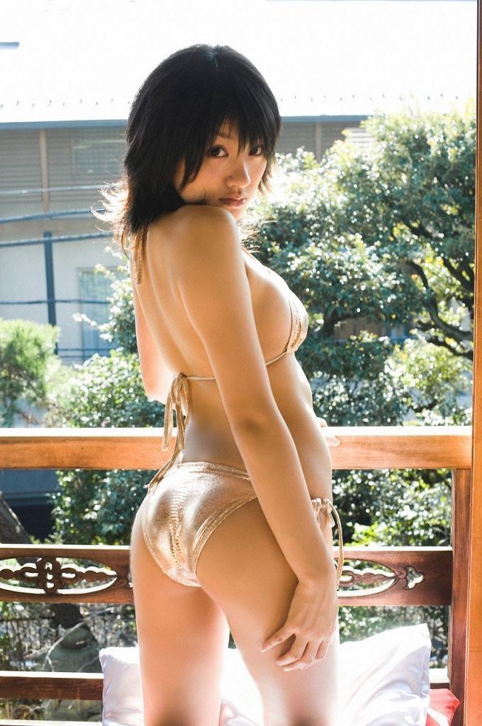 【多田あさみグラビア画像】猫大好きなFカップ巨乳グラドル美女の水着画像 42