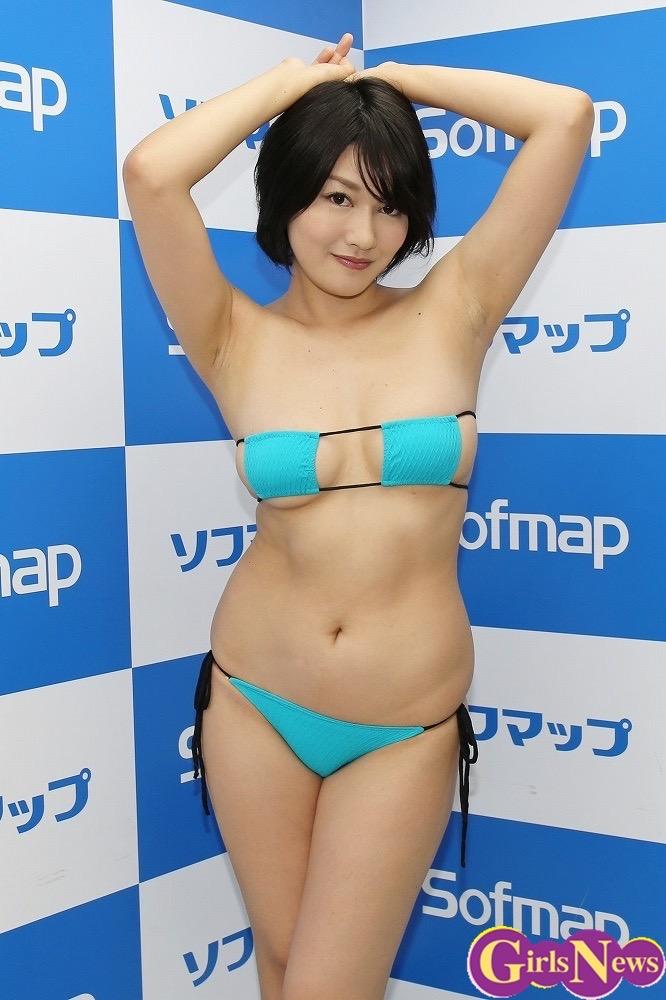 【多田あさみグラビア画像】猫大好きなFカップ巨乳グラドル美女の水着画像 57
