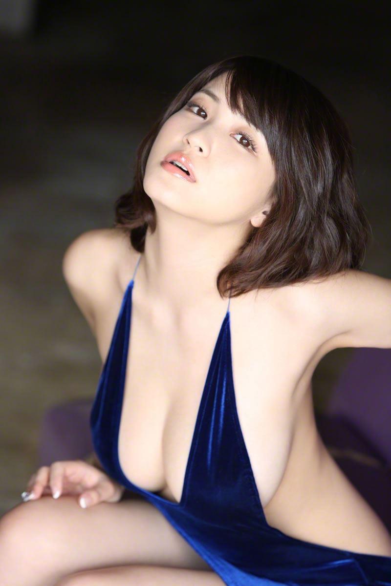 【垂れおっぱいエロ画像】垂れてるけど性欲を掻き立てる巨乳ボディの美女! 64
