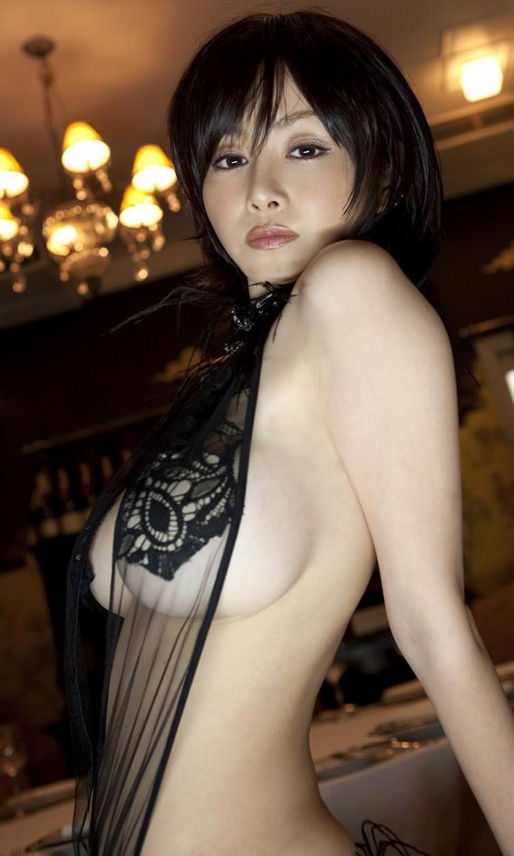 【垂れおっぱいエロ画像】垂れてるけど性欲を掻き立てる巨乳ボディの美女! 69