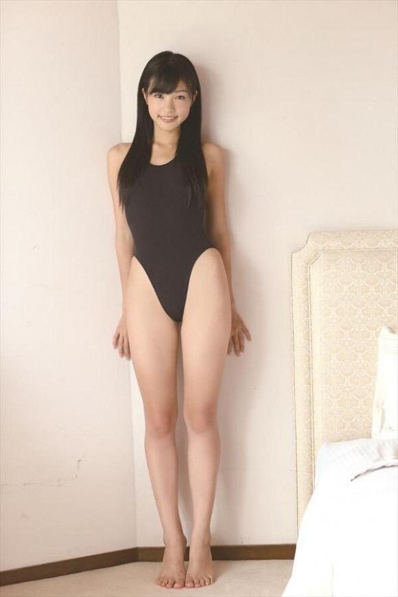 【レオタードエロ画像】美女の股間に食い込むハイレグがエロ過ぎる! 20