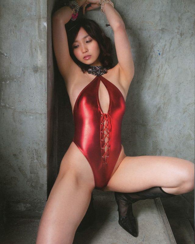 【レオタードエロ画像】美女の股間に食い込むハイレグがエロ過ぎる! 49