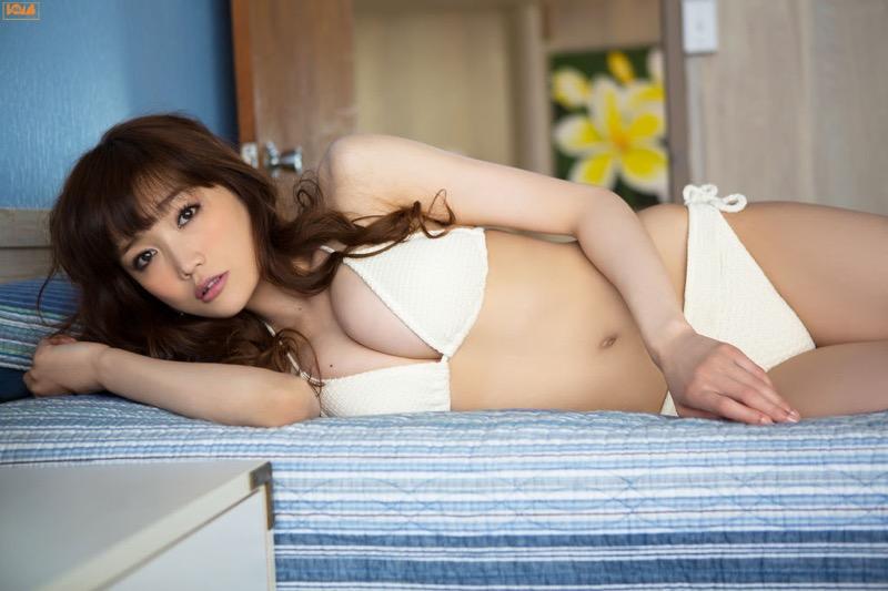 【佐藤江梨子グラビア画像】セクシー巨乳ボディを惜しげもなく晒すビキニ美女! 30