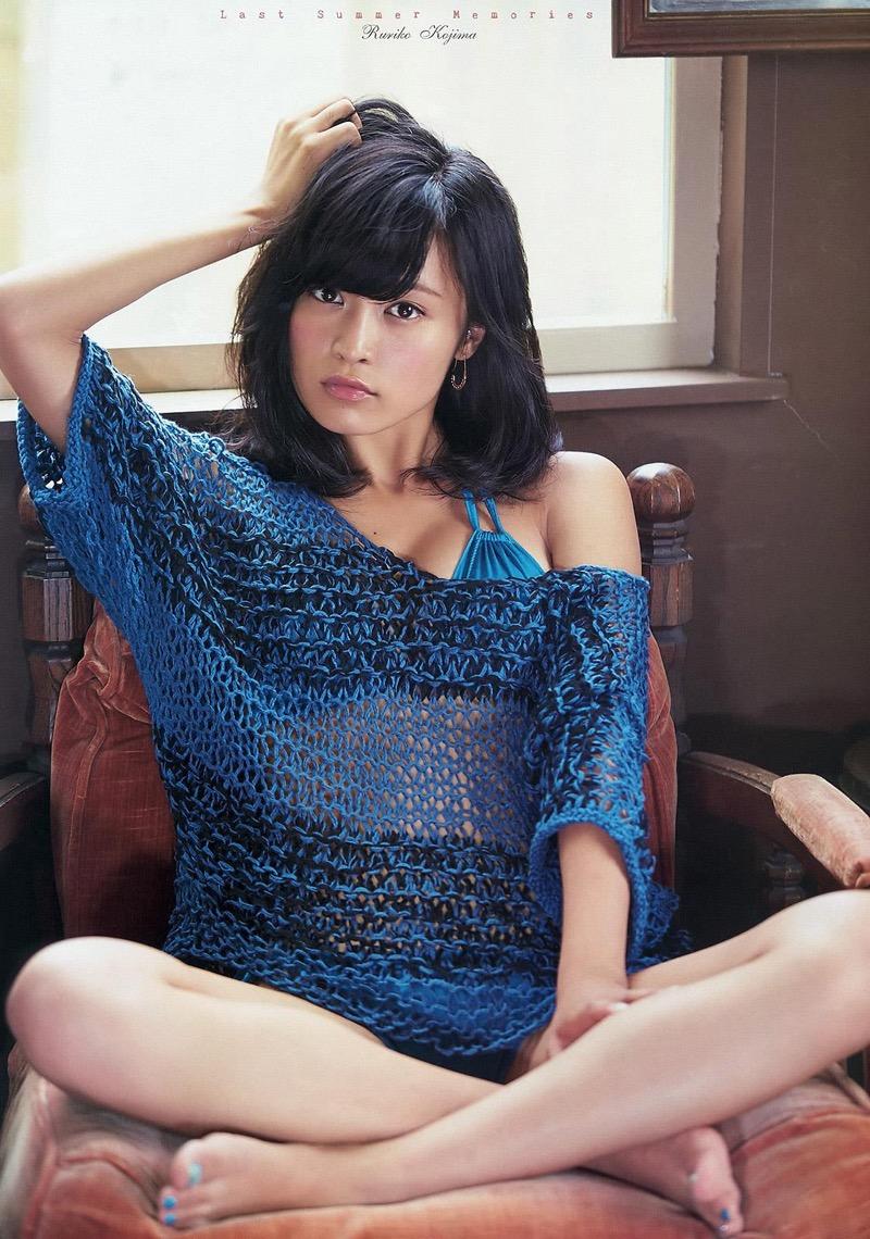 【小島瑠璃子グラビア画像】Eカップ巨乳ビキニボディがエロい美人タレント 13
