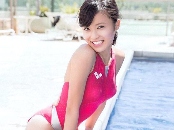 【小島瑠璃子グラビア画像】Eカップ巨乳ビキニボディがエロい美人タレント 25