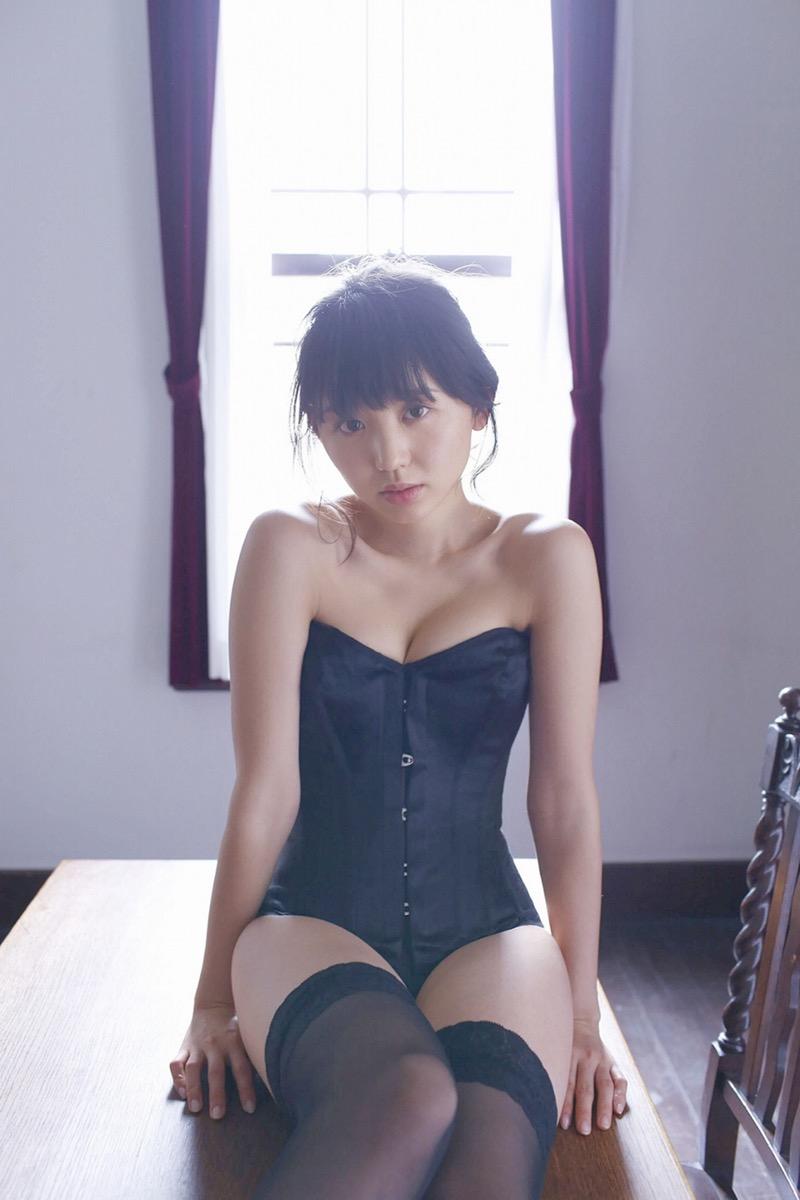【おのののかグラビア画像】Eカップ巨乳のエロボディを見せつけるビキニ美女 19