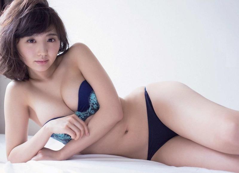 【おのののかグラビア画像】Eカップ巨乳のエロボディを見せつけるビキニ美女 20