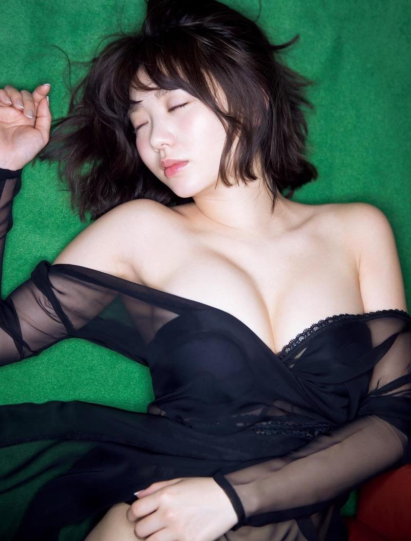 【おのののかグラビア画像】Eカップ巨乳のエロボディを見せつけるビキニ美女 27