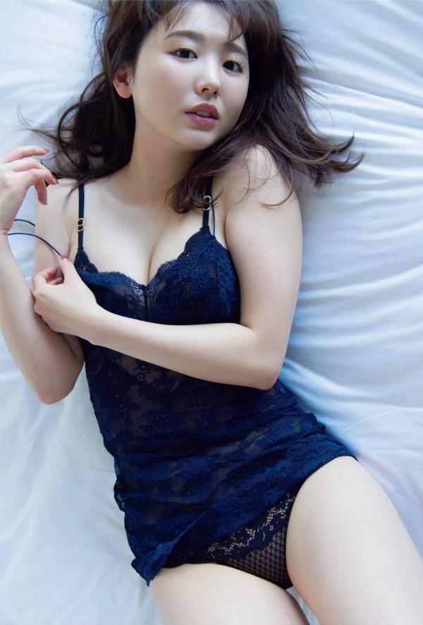 【おのののかグラビア画像】Eカップ巨乳のエロボディを見せつけるビキニ美女 39