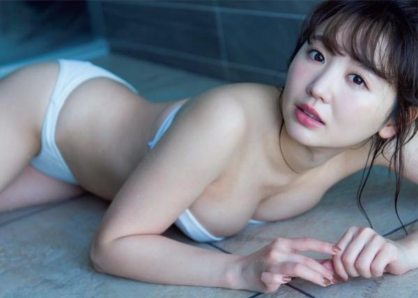 【おのののかグラビア画像】Eカップ巨乳のエロボディを見せつけるビキニ美女 40