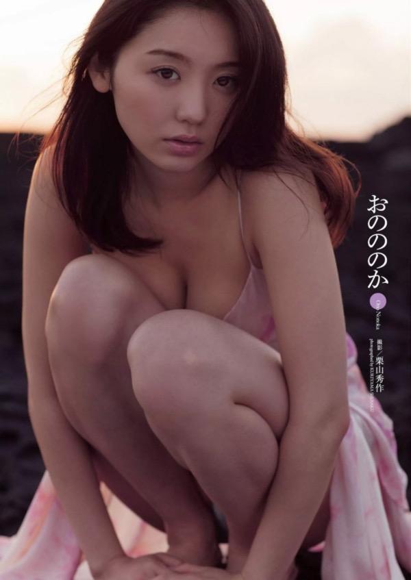 【おのののかグラビア画像】Eカップ巨乳のエロボディを見せつけるビキニ美女 66