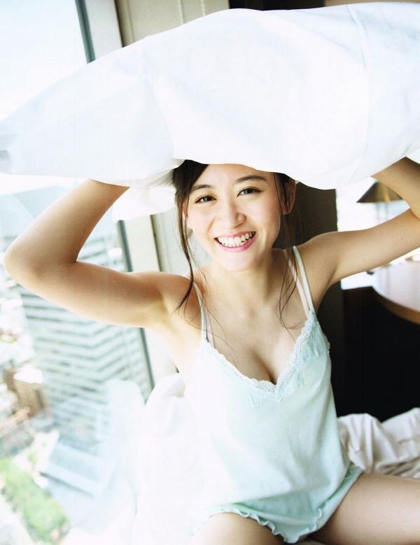 【上西恵グラビア画像】NMB48出身の元アイドルがキューティーハニーを演じるってよ! 09