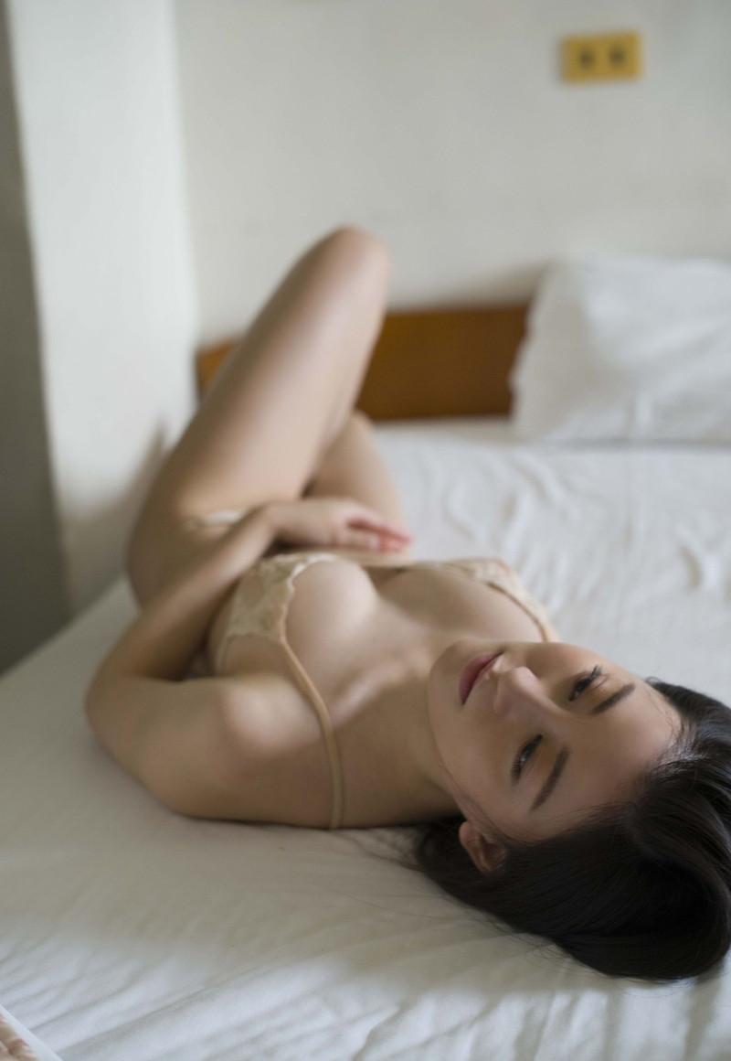 【上西恵グラビア画像】NMB48出身の元アイドルがキューティーハニーを演じるってよ! 68