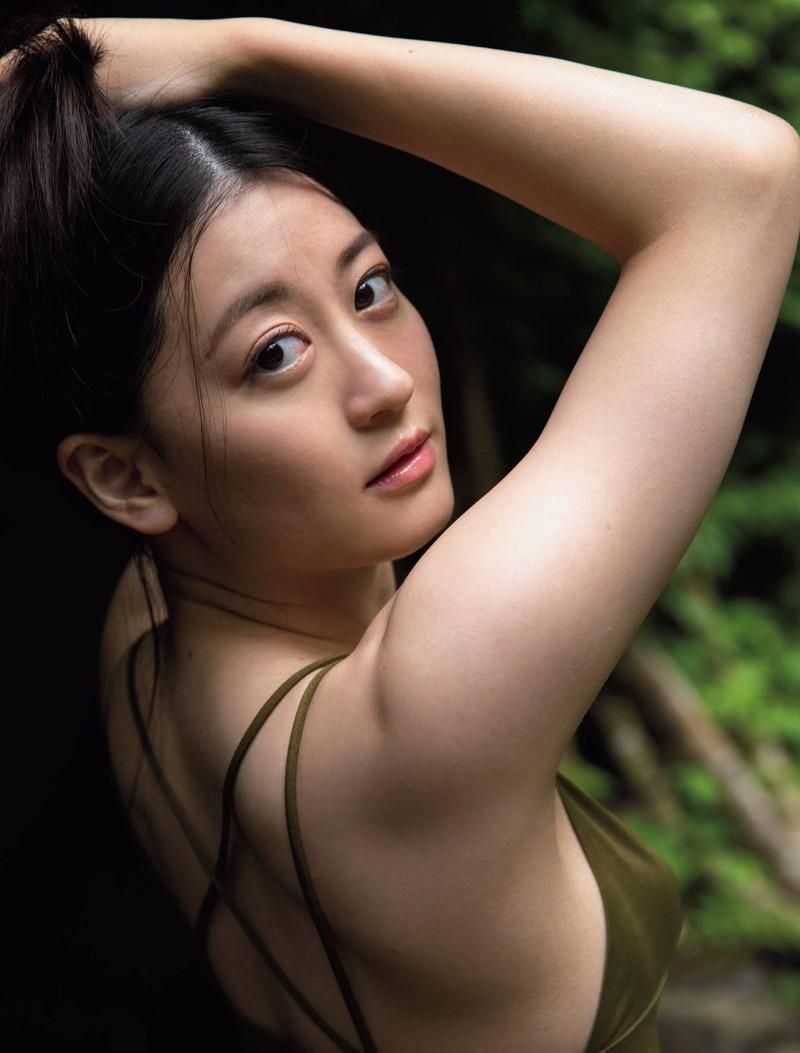 【上西恵グラビア画像】NMB48出身の元アイドルがキューティーハニーを演じるってよ! 72