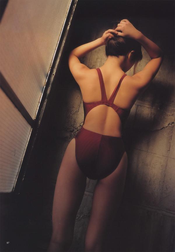 【華彩ななグラビア画像】人妻グラドルという新境地を開拓した美熟女が若かった頃のエロ写真wwww 39