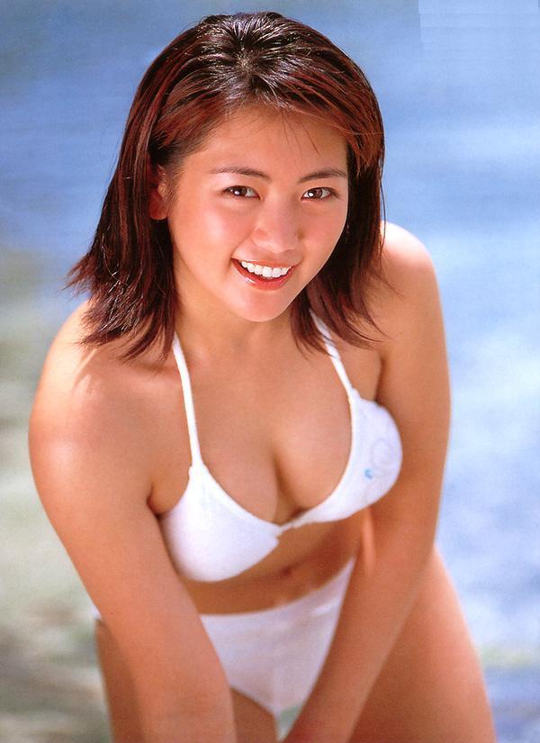 【江川有未グラビア画像】お笑い芸人と離婚してから芸能界を去った元嫁ザリのセクシー水着画像 09