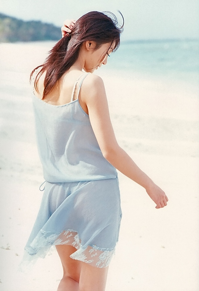 【江川有未グラビア画像】お笑い芸人と離婚してから芸能界を去った元嫁ザリのセクシー水着画像 24