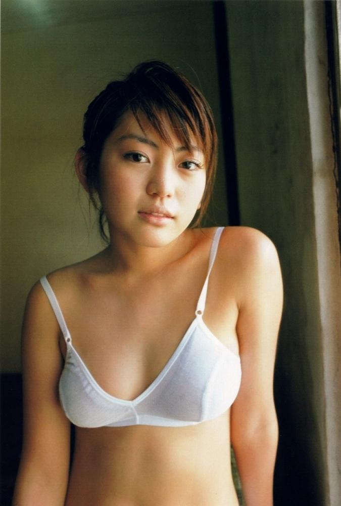 【江川有未グラビア画像】お笑い芸人と離婚してから芸能界を去った元嫁ザリのセクシー水着画像 41