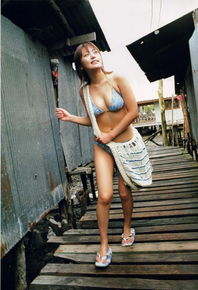 【江川有未グラビア画像】お笑い芸人と離婚してから芸能界を去った元嫁ザリのセクシー水着画像 47