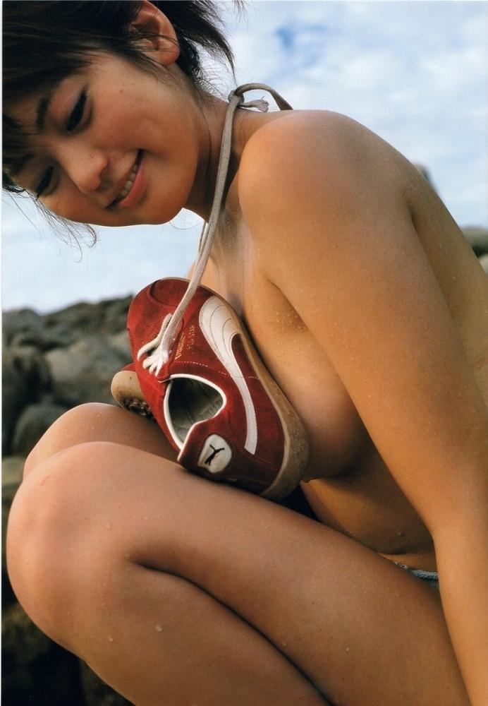 【江川有未グラビア画像】お笑い芸人と離婚してから芸能界を去った元嫁ザリのセクシー水着画像 62