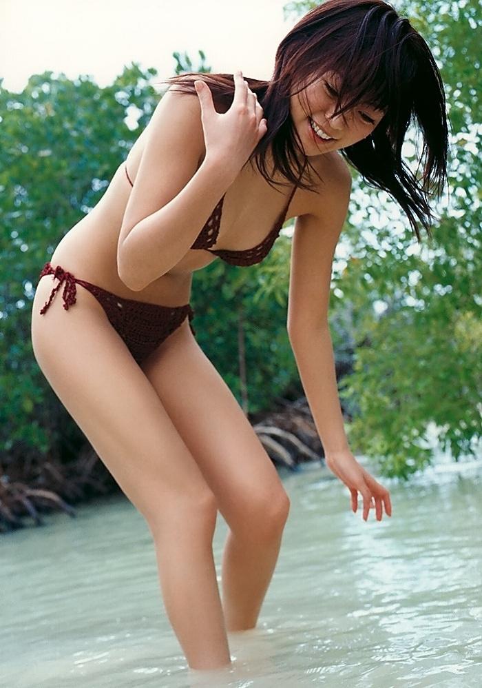 【江川有未グラビア画像】お笑い芸人と離婚してから芸能界を去った元嫁ザリのセクシー水着画像 76
