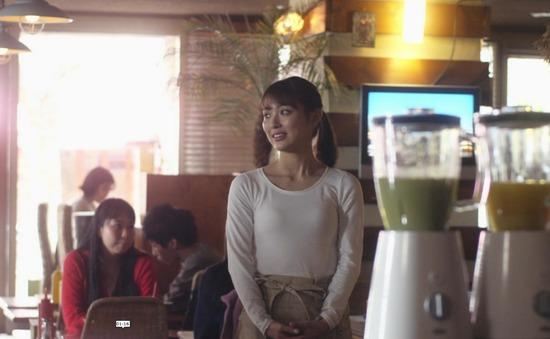 【内田理央キャプ画像】濡れ場や食レポまでこなすマルチなファッションモデル! 27