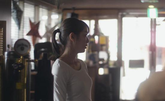 【内田理央キャプ画像】濡れ場や食レポまでこなすマルチなファッションモデル! 29