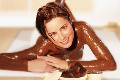 【バレンタインエロ画像】普通のセックスに飽きて裸にチョコレートを塗っちゃった女子wwww 31