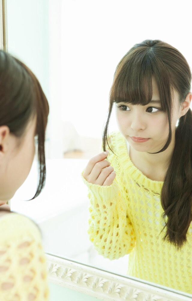 【佐藤麗奈グラビア画像】童顔系アイドルが披露する健康的でエッチなビキニ&下着姿 22