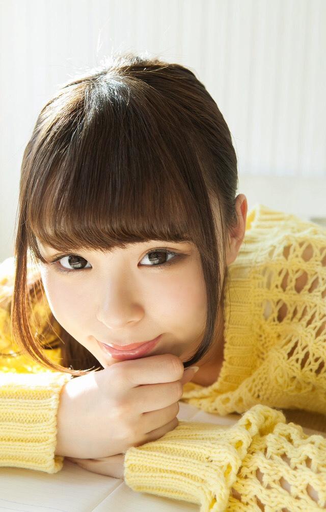 【佐藤麗奈グラビア画像】童顔系アイドルが披露する健康的でエッチなビキニ&下着姿 23